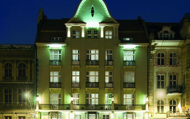 Отель Nh Poznan Познань вид на фасад