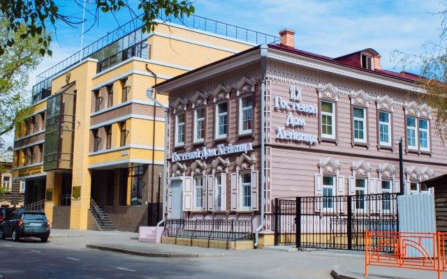 Гостиница Gostevoi dom Kheivitsa в Иркутске отзывы, цены и фото номеров - забронировать гостиницу Gostevoi dom Kheivitsa онлайн Иркутск вид на фасад
