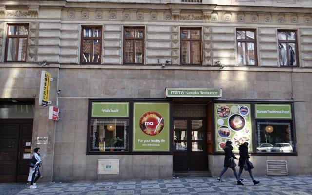 Хостел Sokolska Youth вид на фасад