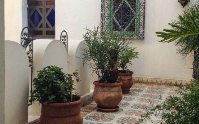 Отель Riad Maison-Arabo-Andalouse Марокко, Марракеш - отзывы, цены и фото номеров - забронировать отель Riad Maison-Arabo-Andalouse онлайн вид на фасад