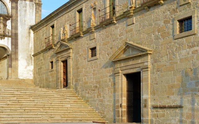 Отель Pousada Mosteiro de Amares вид на фасад
