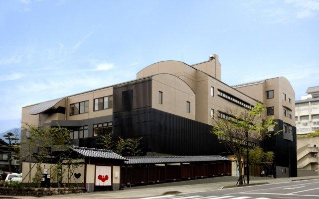 Отель Hana Beppu Беппу вид на фасад