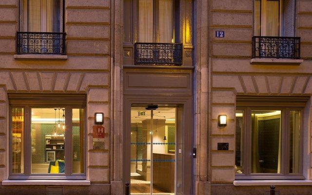 Отель Hôtel Sophie Germain Франция, Париж - 1 отзыв об отеле, цены и фото номеров - забронировать отель Hôtel Sophie Germain онлайн вид на фасад
