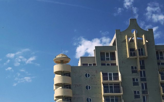 Отель Interhotel Pomorie вид на фасад