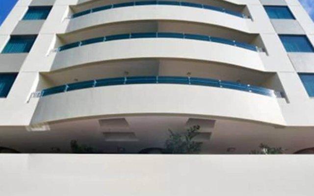 Отель Plaza Juan Carlos Гондурас, Тегусигальпа - отзывы, цены и фото номеров - забронировать отель Plaza Juan Carlos онлайн вид на фасад