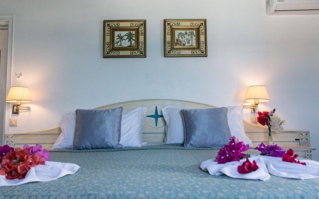 Ocean Point Resort and Spa - Adults Only 2