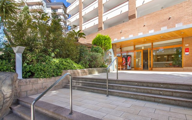 Отель Aparthotel La Era Park Испания, Бенидорм - отзывы, цены и фото номеров - забронировать отель Aparthotel La Era Park онлайн вид на фасад