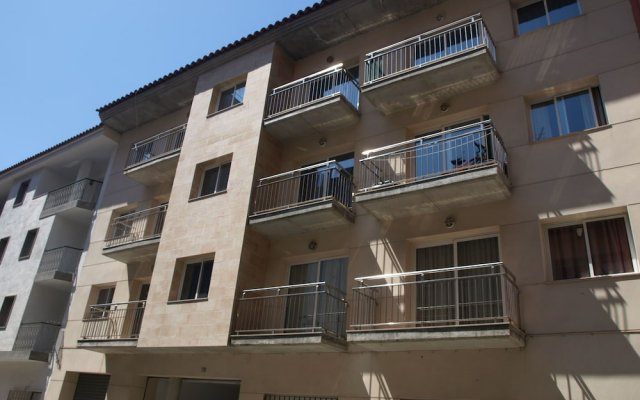 Отель Apartaments AR Nautic Испания, Бланес - отзывы, цены и фото номеров - забронировать отель Apartaments AR Nautic онлайн вид на фасад
