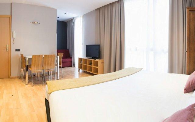 Отель Ainb Born - Tiradors Испания, Барселона - отзывы, цены и фото номеров - забронировать отель Ainb Born - Tiradors онлайн комната для гостей