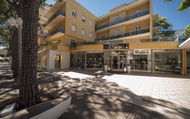 Отель Colombo Италия, Риччоне - 2 отзыва об отеле, цены и фото номеров - забронировать отель Colombo онлайн вид на фасад