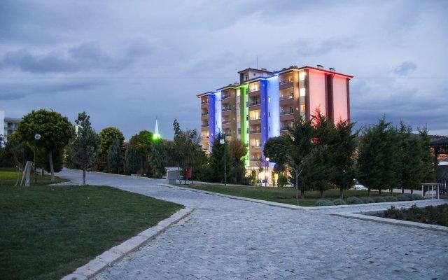 Basaranlar Thermal Hotel Газлигёль вид на фасад