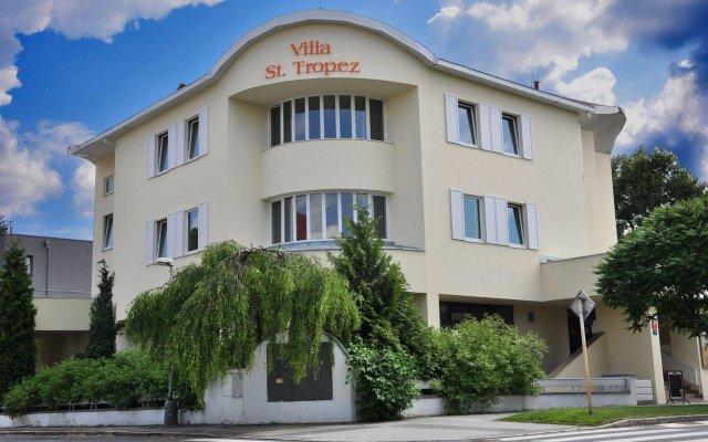 Отель Villa St. Tropez Прага вид на фасад