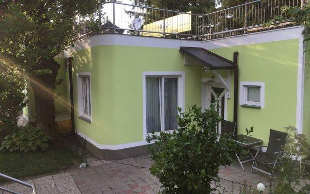 Отель AJO Apartments Danube Австрия, Вена - отзывы, цены и фото номеров - забронировать отель AJO Apartments Danube онлайн вид на фасад