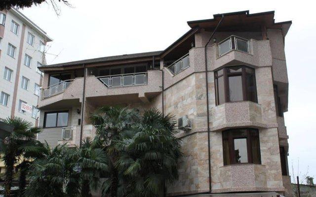 Гостиница Гостевой дом Viva в Сочи 4 отзыва об отеле, цены и фото номеров - забронировать гостиницу Гостевой дом Viva онлайн вид на фасад