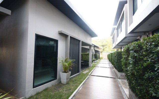 Отель Koh Larn Villa Resort вид на фасад