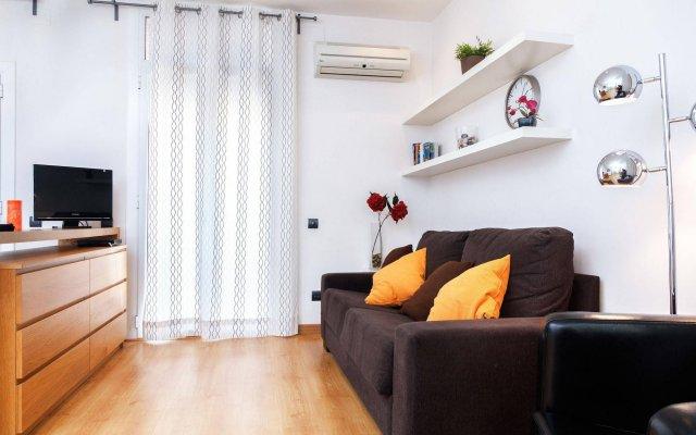 Отель Feelathome Bonavista Apartment Испания, Барселона - отзывы, цены и фото номеров - забронировать отель Feelathome Bonavista Apartment онлайн комната для гостей