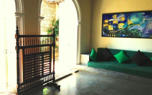 Отель Khalids Guest House Galle Шри-Ланка, Галле - отзывы, цены и фото номеров - забронировать отель Khalids Guest House Galle онлайн вид на фасад