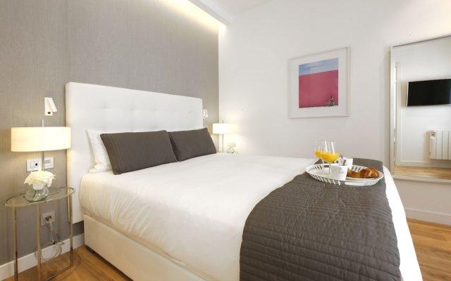 Отель Angel Suite - Madflats Collection комната для гостей
