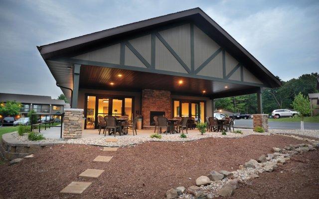 Baker S Sunset Bay Resort In Wisconsin Dells United States
