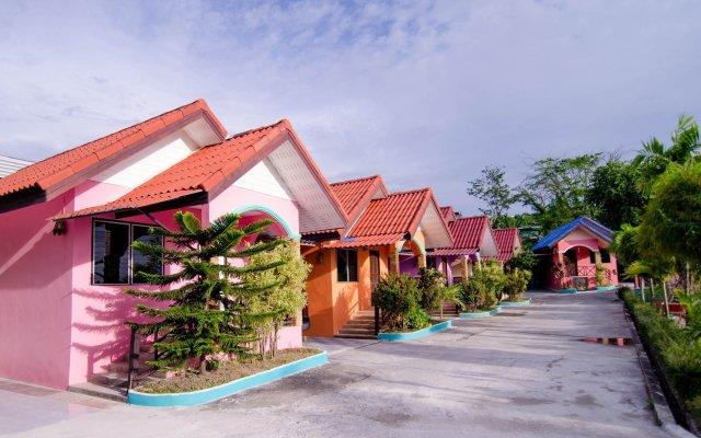 Отель Phaithong Sotel Resort вид на фасад