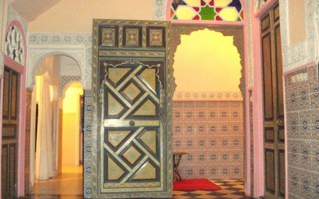Отель Dar Jameel Марокко, Танжер - отзывы, цены и фото номеров - забронировать отель Dar Jameel онлайн вид на фасад