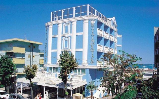 Hotel Baia Imperiale Римини вид на фасад