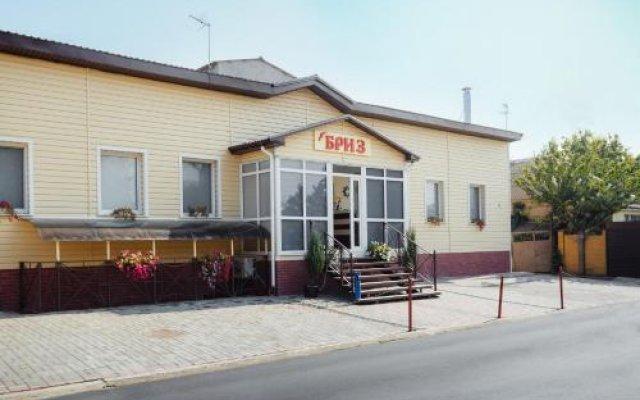Breeze Hotel вид на фасад