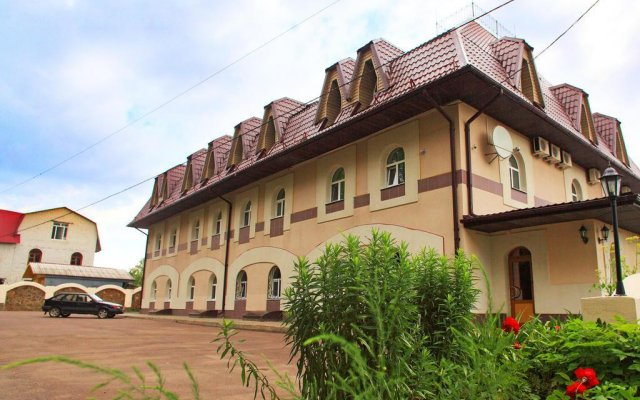 Гостиница Милославский вид на фасад