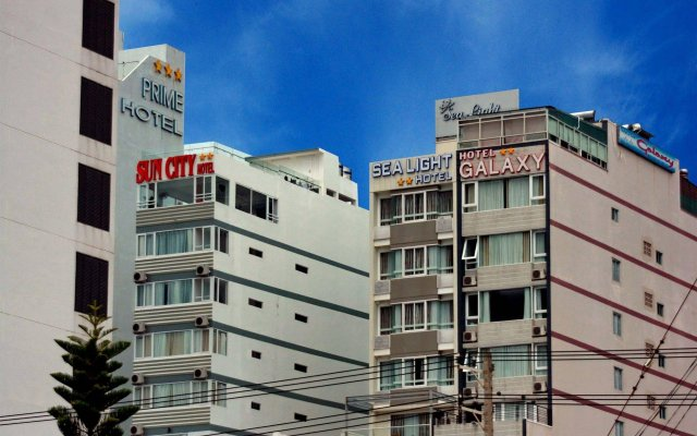 Ngan Ha - Galaxy Hotel вид на фасад