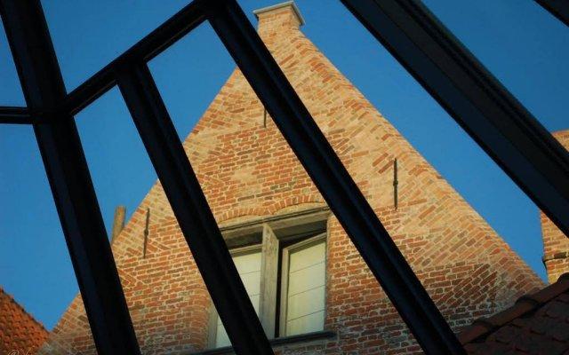 Отель B&B Huis Willaeys вид на фасад