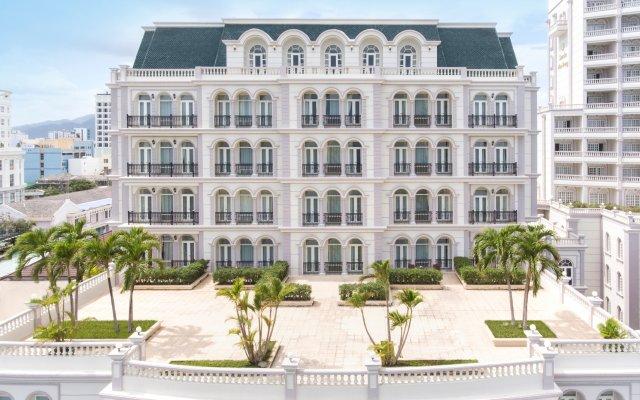 Отель Sunrise Nha Trang Beach Hotel & Spa Вьетнам, Нячанг - 5 отзывов об отеле, цены и фото номеров - забронировать отель Sunrise Nha Trang Beach Hotel & Spa онлайн вид на фасад