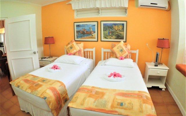 Отель Dreamin, Silver Sands 2BR комната для гостей