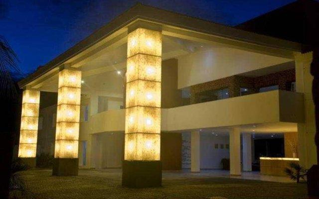La Isla Huatulco Hotel & Beach Club