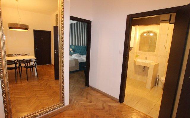 Отель Hostel Chmielna 5 Rooms & Apartments Польша, Варшава - отзывы, цены и фото номеров - забронировать отель Hostel Chmielna 5 Rooms & Apartments онлайн комната для гостей