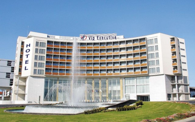 Отель Vip Executive Azores Понта-Делгада вид на фасад