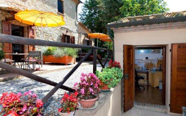 Residence Hotel Le Fontanelle Монтескудаио вид на фасад