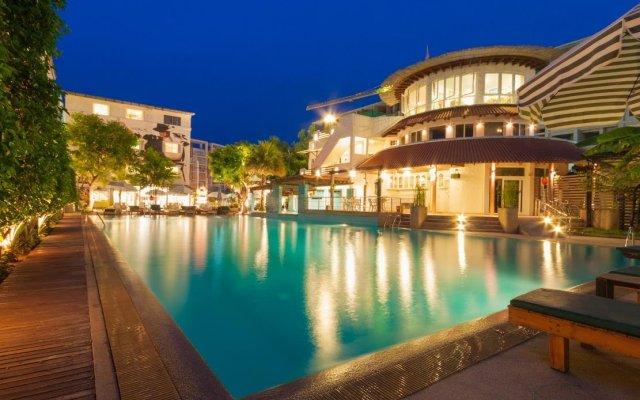 My Way Hua Hin Music Hotel вид на фасад