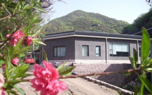Отель Beijing Badaling Qinglongquan Leisure Resort Китай, Пекин - отзывы, цены и фото номеров - забронировать отель Beijing Badaling Qinglongquan Leisure Resort онлайн вид на фасад