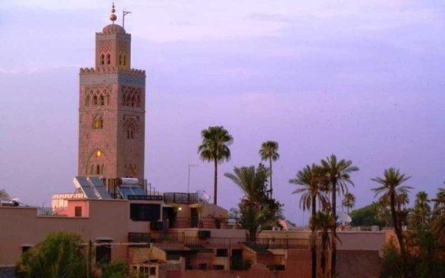Отель Riad Viva вид на фасад