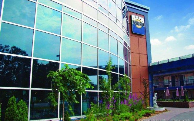 Отель Universel Канада, Квебек - отзывы, цены и фото номеров - забронировать отель Universel онлайн вид на фасад