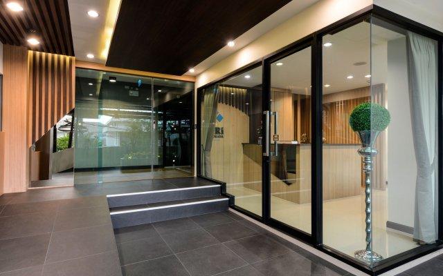 Отель SiRi Ratchada Bangkok Таиланд, Бангкок - отзывы, цены и фото номеров - забронировать отель SiRi Ratchada Bangkok онлайн вид на фасад