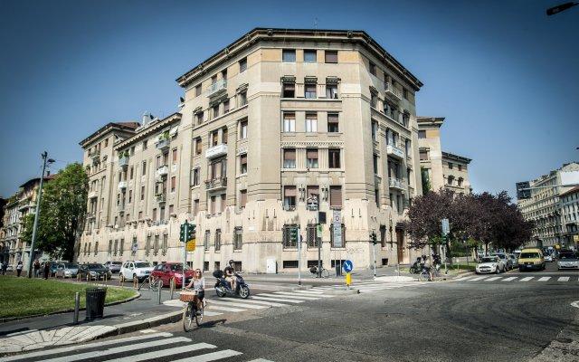 Отель Guesthouse Foresteria Margherita Milano Италия, Милан - отзывы, цены и фото номеров - забронировать отель Guesthouse Foresteria Margherita Milano онлайн вид на фасад