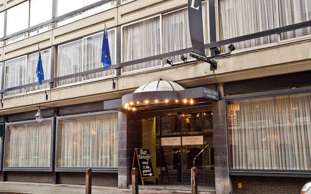 Theater Hotel Антверпен вид на фасад