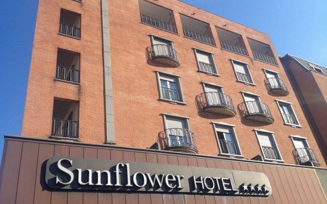 Отель Sunflower Италия, Милан - - забронировать отель Sunflower, цены и фото номеров вид на фасад