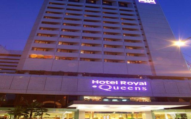 Отель Royal At Queens Сингапур вид на фасад