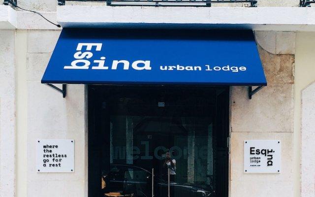 Отель Esqina Urban Lodge Португалия, Лиссабон - отзывы, цены и фото номеров - забронировать отель Esqina Urban Lodge онлайн вид на фасад