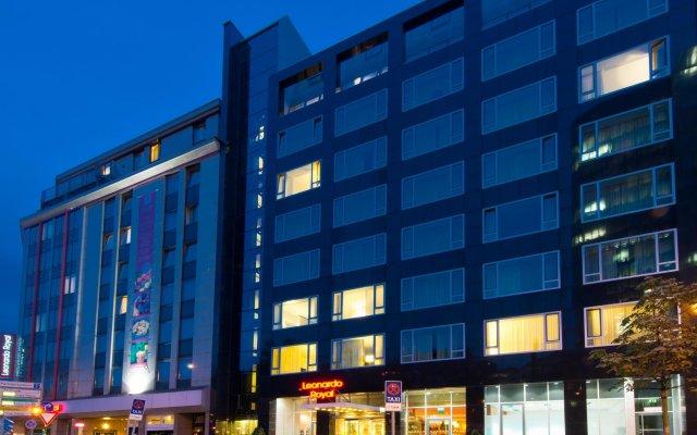 Отель Leonardo Royal Hotel Düsseldorf Königsallee Германия, Дюссельдорф - 3 отзыва об отеле, цены и фото номеров - забронировать отель Leonardo Royal Hotel Düsseldorf Königsallee онлайн вид на фасад