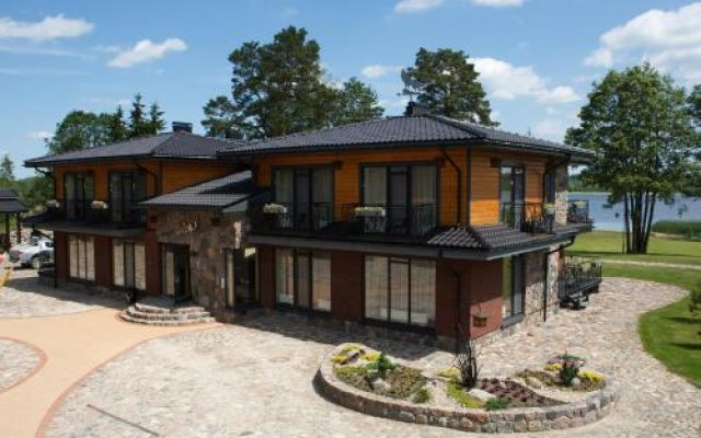 Отель Vila Dubgiris Литва, Тиркшилаи - отзывы, цены и фото номеров - забронировать отель Vila Dubgiris онлайн вид на фасад