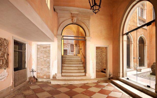 Отель Casa Dolce Venezia Италия, Венеция - отзывы, цены и фото номеров - забронировать отель Casa Dolce Venezia онлайн вид на фасад