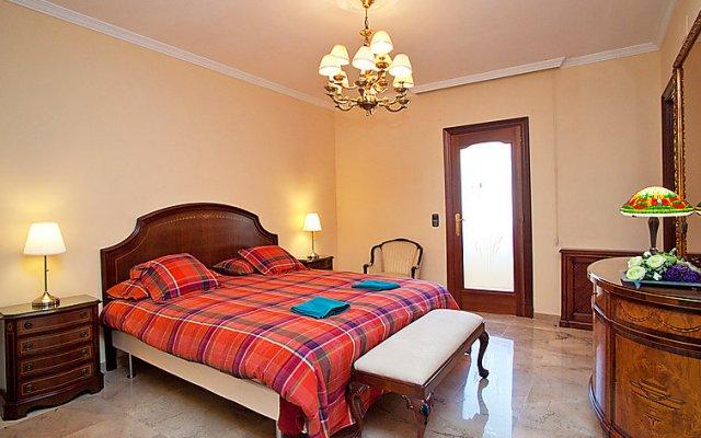 Отель Pg Gràcia - Valencia комната для гостей